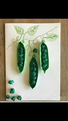 15 Easter Crafts for Preschoolers Paper Crafts For Kids, Projects For Kids, Diy For Kids, Fun Crafts, Diy And Crafts, Arts And Crafts, Easter Crafts, Leaf Crafts, Vegetable Crafts