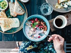 What Is the Ayurvedic Diet? Benefits, Downsides, and More - Healthline Good Healthy Recipes, Whole Food Recipes, Ayurvedic Diet, Ayurveda, Meat Fruit, Single Serving Recipes, Meal Delivery Service, High Calorie Meals, Healthy Food Delivery