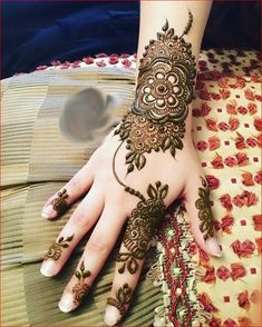 New Indian Mehndi Designs For Bridal; Mehndi design is the world famous art. In the world Indian Mehndi Designs by Pakistani Henna Hand Designs, Eid Mehndi Designs, Mehndi Designs Finger, Latest Bridal Mehndi Designs, Mehndi Designs For Girls, Wedding Mehndi Designs, Mehndi Designs For Fingers, Mehndi Patterns, Rangoli Designs