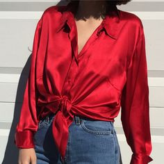 Шелковая красная блуза