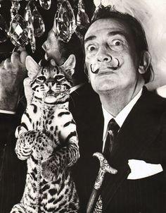 Salvador Dali, 1964, Edward Pfizenmaier. Jajaja Ay Dali como me encantas.