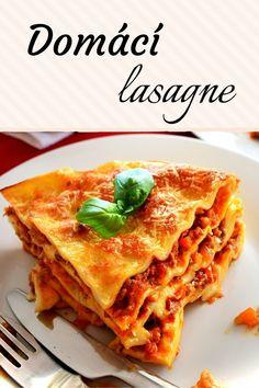 Domácí lasagne s bešamelem, recept na jednoduché domácí těstoviny s masovým ragů. Ham, Ethnic Recipes, Lunch, Lasagna, Hams, Eat Lunch