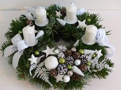 Here are 16 awesome ideas for diy Christmas decorations. Some of the material I got from a dollar tree store. Christmas Wreaths, Christmas Crafts, Christmas Decorations, Table Decorations, Holiday Decor, Dollar Tree Store, Centerpieces, Arts And Crafts, Room Decor