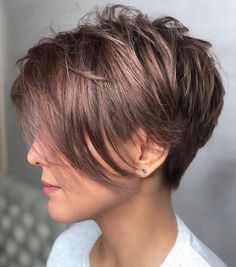The long pixie cut is a great way to take your short hair to the next level. Its variants suit different face shapes, hair types, and personalities. Check out the best long pixie haircut ideas in pictures to get inspired! Pixie Haircut For Thick Hair, Longer Pixie Haircut, Short Hairstyles For Thick Hair, Short Pixie Haircuts, Short Hair Cuts, Short Hair Styles, Gorgeous Hairstyles, Asymmetrical Haircuts, Long Asymmetrical Pixie