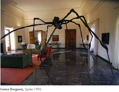 Louise Borgeois's Spider Sculpture, 1996