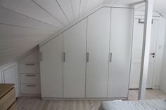 Møbelsnekker Kevin Masters Tall Cabinet Storage, Locker Storage, Walk In Closet, Lockers, Divider, Home And Garden, Masters, Furniture, Walking
