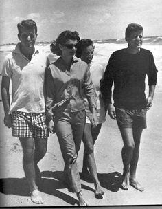 Robert, Jackie, Ethel and John Kennedy