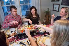 Real Food Raclette Dinner Party — improve your relationships Raclette Fondue, Raclette Party, Raclette Ideas, Real Food Recipes, Yummy Food, Tasty, Cooking Stone, Cooking Tips, Coaching