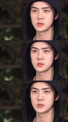 'EXO's Travel the World through a Ladder of Fortune' Cr : MyAeolus Chanyeol, Kyungsoo, Sehun Cute, Types Of Boyfriends, Exo Lockscreen, Exo Korean, Hunhan, Kpop Exo, Aesthetic Photo