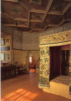 Mary Queen of Scots bedroom in Holyroodhouse Palace. Queen Victoria made sure that Mary Queen of Scots' bedroom and outer chamber were diligently preserved exactly the way it was left by Mary. It was in the outer chamber that Mary's beloved assistant David Rizzo was brutally murdered by her husband in front of her face. David was ripped from behind Mary's skirts and dragged across the floor before he was murdered.