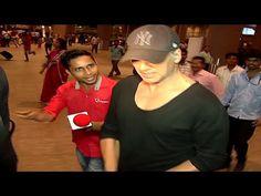 Akshay Kumar seen in HURRY at Mumbai airport.