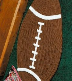 Football Rug - free crochet pattern
