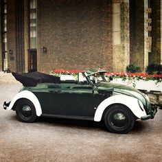 Even a police car can look romantic – when it's a classic Beetle convertible.