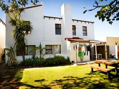 Aloe Again - Aloe Again Beach Accommodation has the most desirable address, Pepper Street. This places you only 50m from the world famous Supertubes surf break.  Our laid back self-catering house feels like a home ... #weekendgetaways #jeffreysbay #southafrica