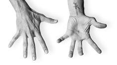 Felix Pastorius - Bass - HANDS,  http://www.unavailable-light.de/2015/09/felix-pastorius-bass-hands/,
