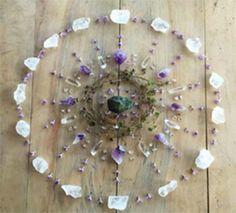 Beautiful natural mandala by meraki dreams Crystal Magic, Crystal Grid, Crystal Healing, Crystals And Gemstones, Stones And Crystals, Gem Stones, Wicca, Crystal Mandala, Meditation Crystals