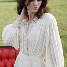 0dd71ea40829 Beautiful balloon sleeves Vintage dress Balloon Sleeves