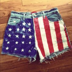 American flag shorts I DIYed after being inspired by ones I saw on Pinterest!
