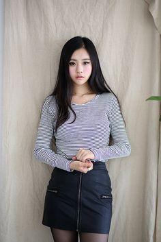 baek su min- model for vintage vender Cute Fashion, Asian Fashion, Girl Fashion, Fashion Dresses, Ulzzang Fashion, Ulzzang Girl, Vestidos Polo, Hipster Girls, Beautiful Asian Women