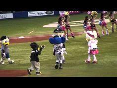 ▶ 2015.06.11 QVCマリンオープニングダンス マリンに集うドアラ - YouTube