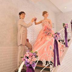 結婚式場写真「【入場】憧れの階段入場も華麗に演出」 【みんなのウェディング】
