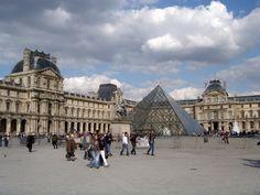 France: Paris: Jardin des Tuileries & Louvre