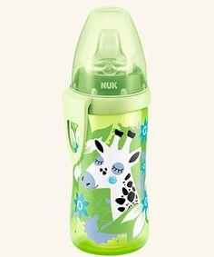 NUK Active Cup 300ml mit Trinktülle. Extrem robust, leicht und widerstandsfähig aus Polypropylen, 300 ml Inhalt. Auslaufsicher für unterwegs.
