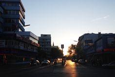 Freitag, 13.05., 20.21 Uhr – Tiergarten, Kurfürstenstraße: Nach einem Tag in der Uni sitzen so einen Sonnenuntergang zu sehen,ist wirklich schön. © Lena Meyer