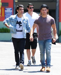 Joe and Nick Jonas show us what brotherly love is all about.
