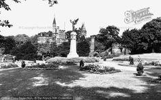 Gateshead, the Memorial Saltwell Park c1955