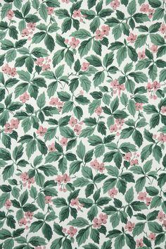 pretty floral vintage wallpaper