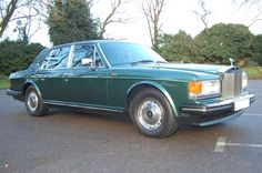 1992 K Rolls Royce Silver Spirit MK II Active Ride. Finished in Balmoral Green with Georgian Silver coach lines with Spruce Green interior piped in St James. Only 44,000 miles with Full Service History. A real Gem, cars in this condition are so rarely found, not to be missed at only £16.750   Full Details: http://hanwells.net/rolls-royce-select/silver-spirit/1992-k-rolls-royce-silver-spirit-mk-ii-active-ride-in-balmoral-green-16-750