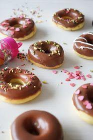 Des donuts cuits au four pour une gourmandise plus légère. Au niveau du goût, je dois admettre qu'il n'est pas comparable à des vrais...