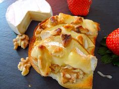Camembert & apple baguette toast