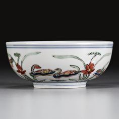 Fine Chinese Ceramics Works of Art. View auction details, art exhibitions and online catalogues bid, buy and collect contemporary, impressionist or m. Chinese Bowls, Chinese Art, Japanese Porcelain, Fine Porcelain, Chinese Figurines, Oriental, Chinese Ceramics, Chinese Antiques, Antique Items