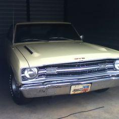My bf's father's 69' Dodge Dart GTS 340 4-barrel. Dodge Muscle Cars, Dodge Dart, Car Storage, Dart Board, Plymouth, Mopar, Hot Rods, Volkswagen, Barrel