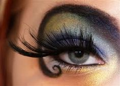 I could see this eye makeup on a gypsy fortune teller.