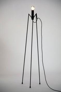PAWK LARGE B: http://www.kanndesign.com/fr/product/lampe-pawk-large-b