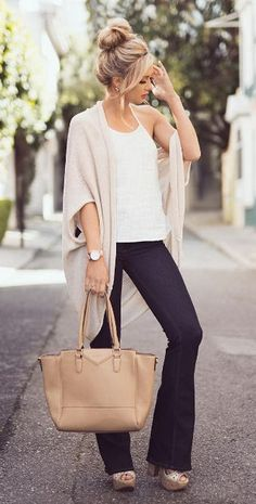 Great summer to fall transition outfit! Fashion for the Modern Mom