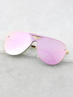 Shop Flat Rim Mirrored Sunglasses PINK online. SheIn offers Flat Rim Mirrored Sunglasses PINK & more to fit your fashionable needs.