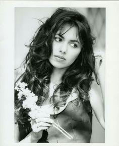 Susanna Hoffs, Amazing Women, Beautiful Women, Beautiful People, Women Of Rock, Guitar Girl, Rock Legends, Concert Posters, Movie Posters
