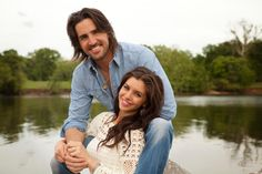 Engagement Photo: Jake Owen and Lacey Buchanan. See more country music stars' engagement and wedding photos >> http://www.greatamericancountry.com/living/lifestyles/country-weddings-pictures?soc=pinterest Beach Ceremony, Warning Signs, Blake Shelton And Miranda, Jake Owen, Celebrity Weddings, Tim Mcgraw, Faith Hill, Country Music Stars, New Relationships