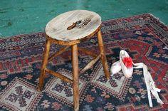 Retoro stool