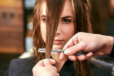 12 Best And Worst Mom Haircuts - Bad Bob Hairstyles Mom Haircuts, Thin Hair Haircuts, Long Layered Haircuts, Bob Hairstyles, Straight Hairstyles, Pelo Midi, Clavicut, Prom Hair Updo, Blorange Hair