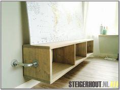 TV meubel van steigerhout en steigerbuis