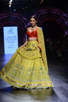 Indian Attire, Indian Wear, Indian Dresses, Indian Outfits, Lakme Fashion Week 2017, Green Lehenga, Organza Saree, Elegant Saree, Lehenga Designs