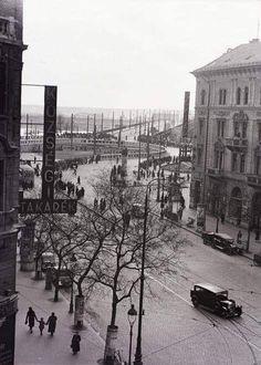 1940 körül Mester utca felöl rálátás a Boráros térre. Old Pictures, Old Photos, Budapest Hungary, Historical Photos, The Past, Street View, History, Architecture, Retro