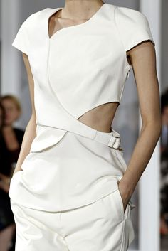 whore-for-couture:thebarbican: Phillip Lim - Spring/Summer 2015 Haute Couture blog :)