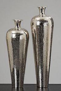 63-cm-Vase-CARROL-Aluminium-silber-Blumenvase-Bodenvasen-modern-Deko