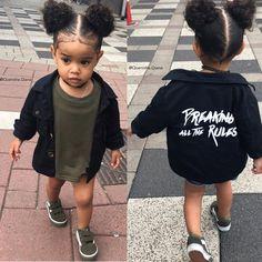 Ta le style ou tu la pas poto 😎 Lightskin Babies, Party Clothes, Cute Baby Clothes, Cute Little Girls, Cute Kids, Cute Babies, Baby Kids, Kids Wardrobe, Baby Outfits